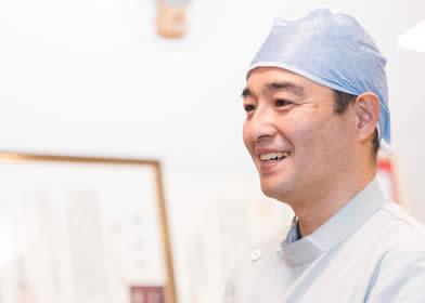 松原市の歯医者すが歯科の歯科医師菅人志